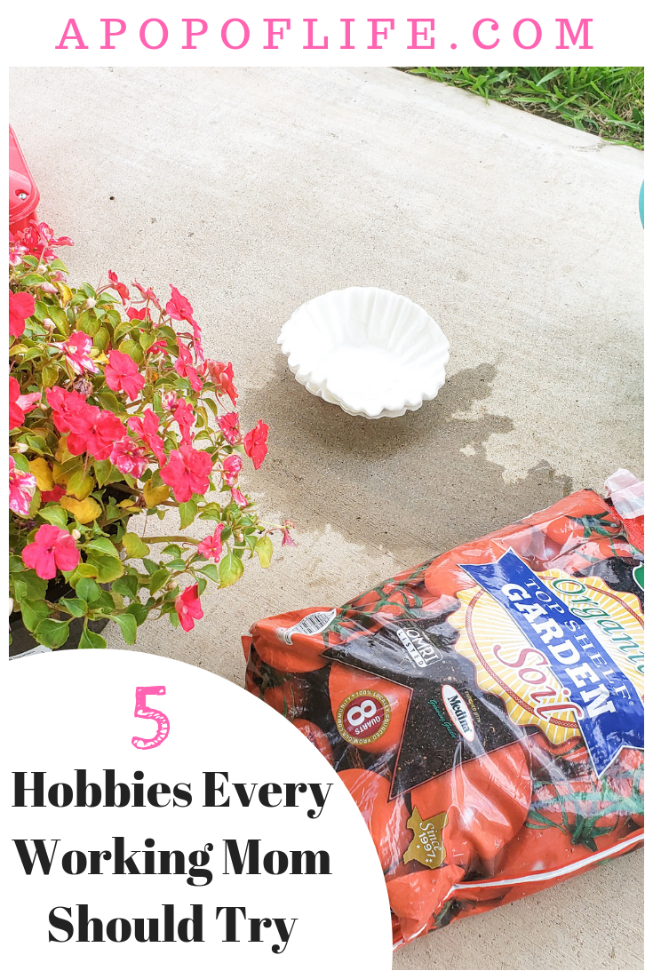hobby for women, hobby for stay at home mom, hobby for women in their 20s, hobby for working mom, working mom life, working mom life hacks, working mom hobbies, hobbies for working women, hobbies for working moms ideas, ideas for hobbies